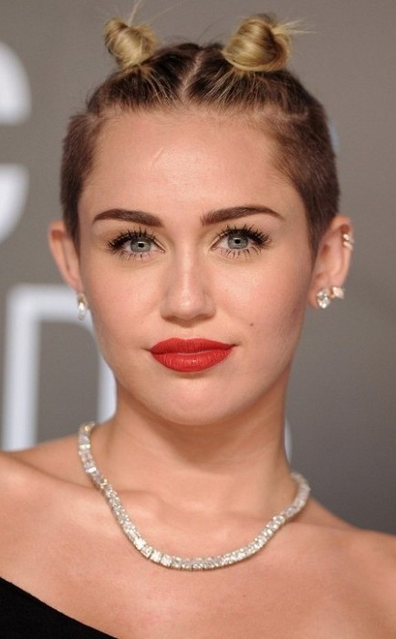 Miley Cyrus Net Worth And Assets Celebrity Net Worth